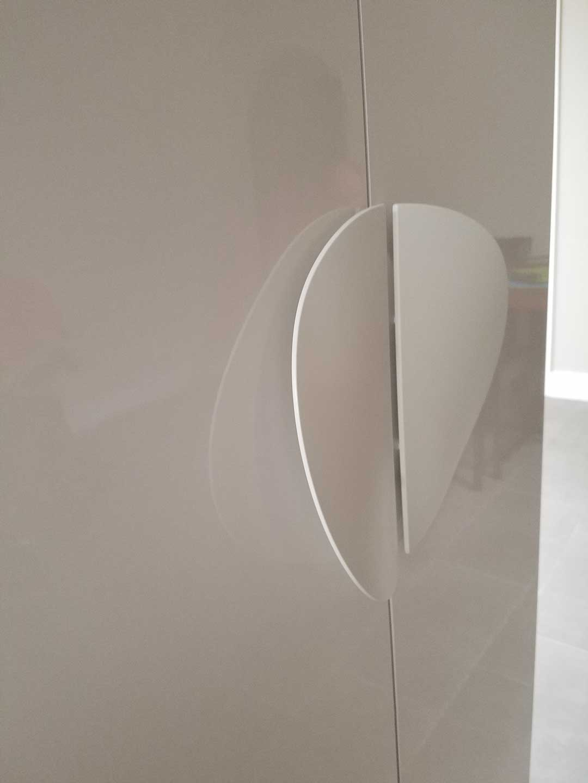 modern-cabinet-hardware